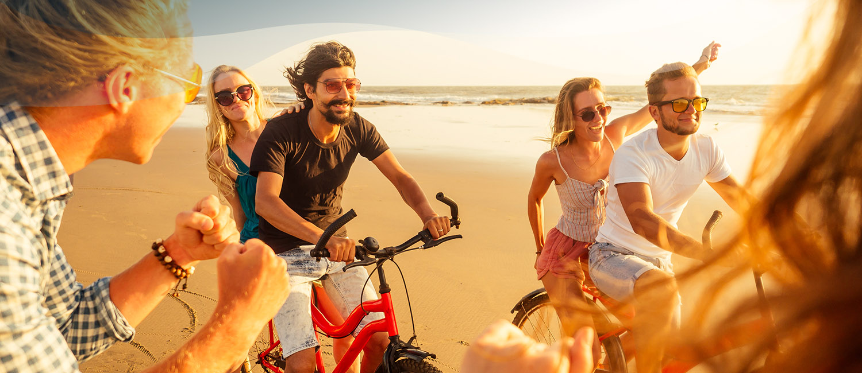 deux couples en vacances sur l'île d'Yeu